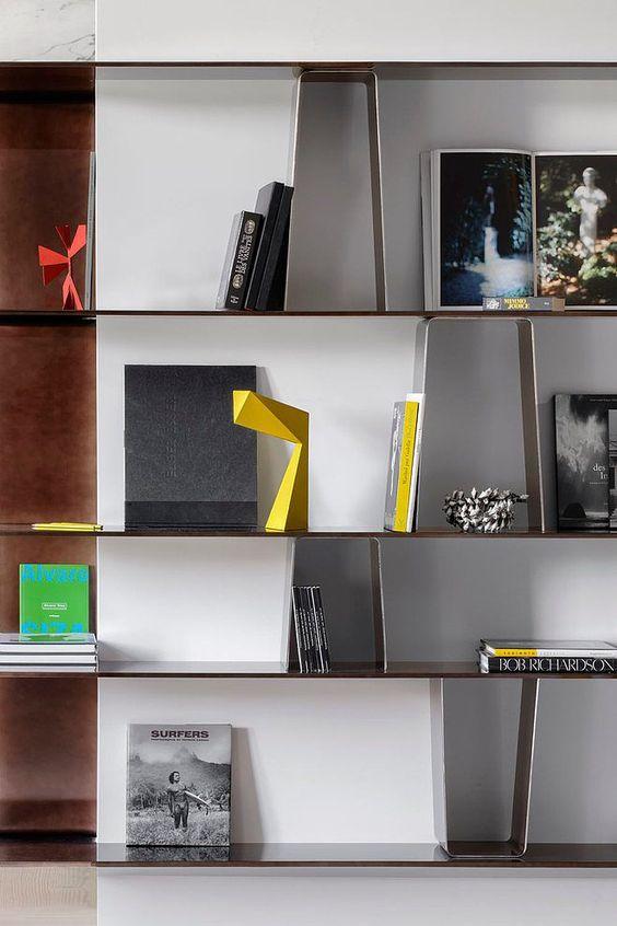 Bookshelf Styling 6