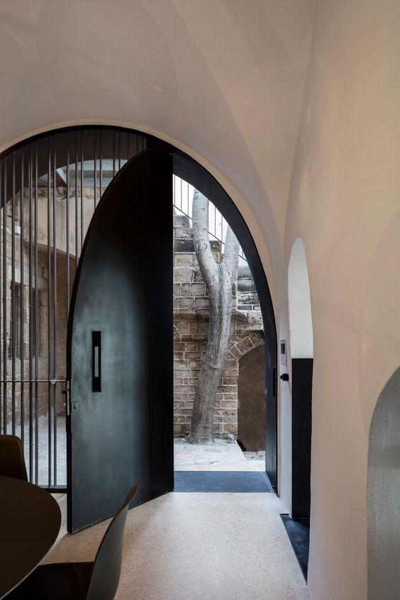 dramatic doorways 5